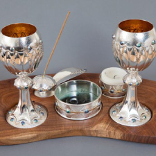 Wine goblet set