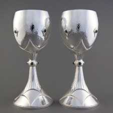 Wine goblet pair